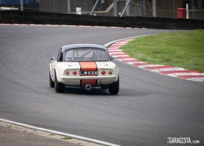 Lotus Elan slides into Clark Curve