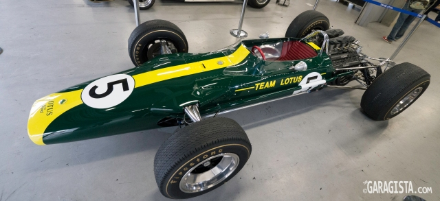 Lotus 49 and Ford DFV: Let the world domination begin