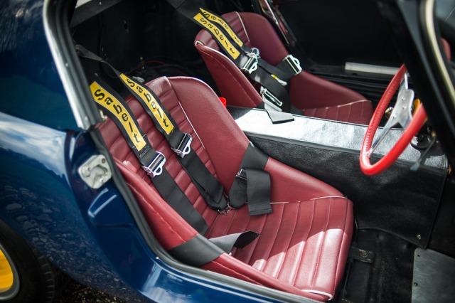 Elan 26R interior