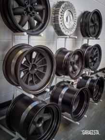 Crosthwaite and Gardiner Magnesium wheels